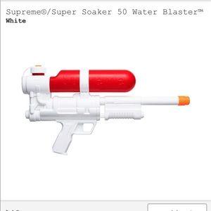 Supreme Super Soaker